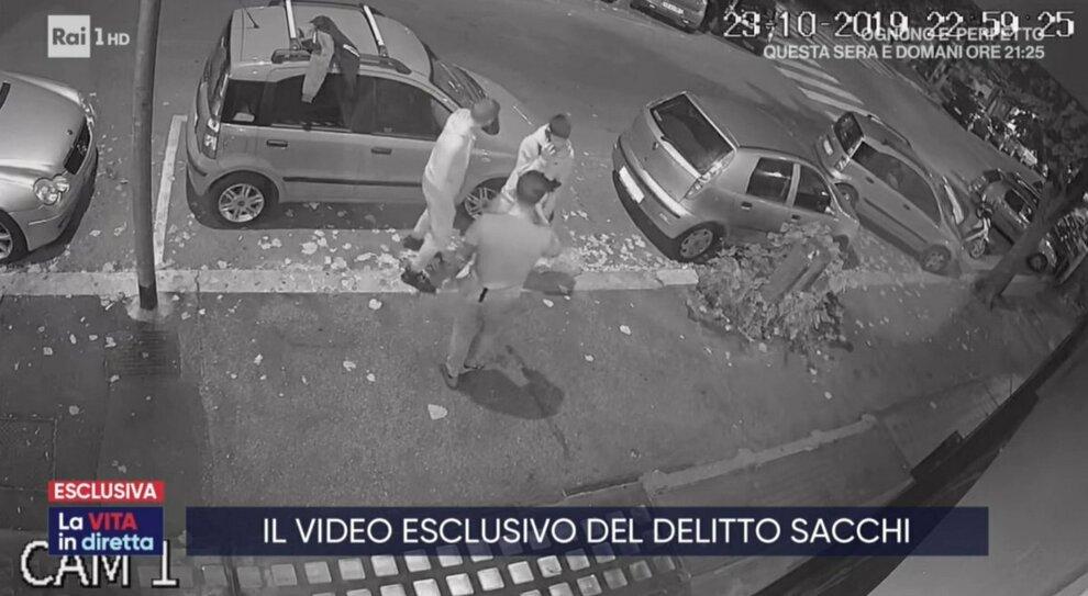 Omicidio Sacchi, c'è un altro indagato: «Era l'emissario del killer»