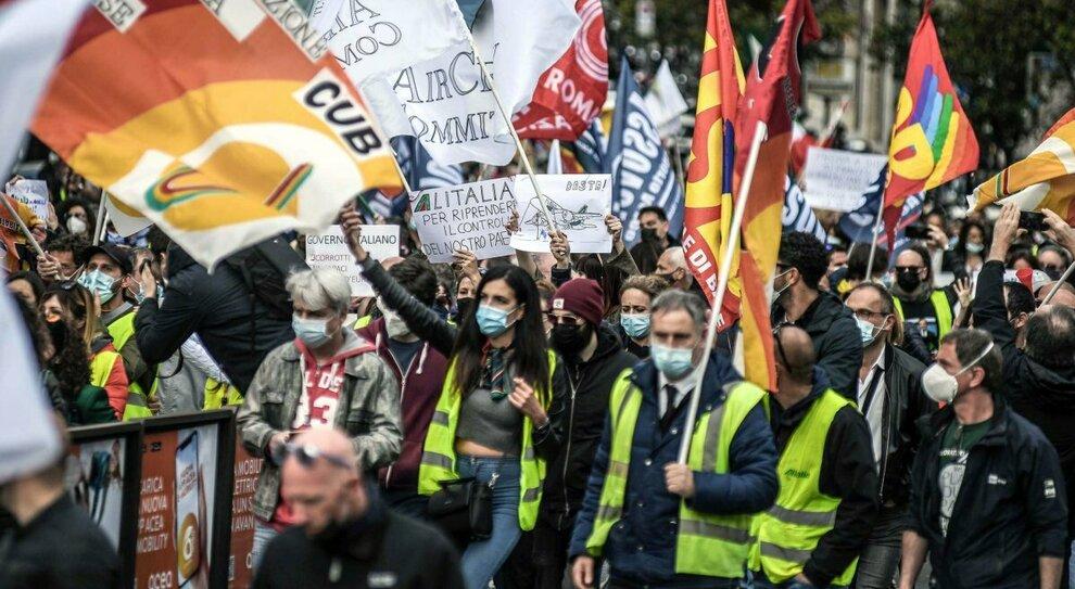 Alitalia, il caso in Parlamento: Bruxelles impone altri paletti