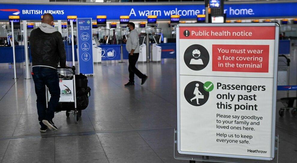 Sarà tolta la quarantena agli stranieri, riconosciuti vaccini e test fatti in patria