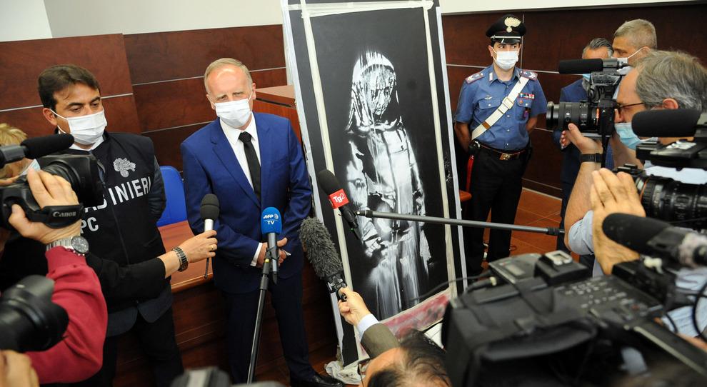 Bataclan, dietro il furto del Banksy il contrabbando di opere d'arte