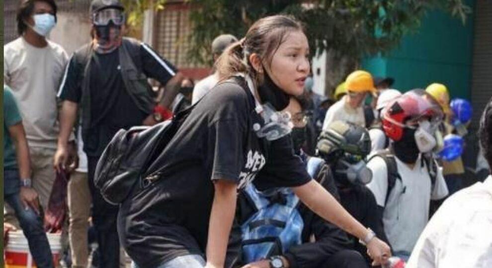 Uccisa Kyal Sin, il regime in Birmania elimina l'«angelo» delle proteste