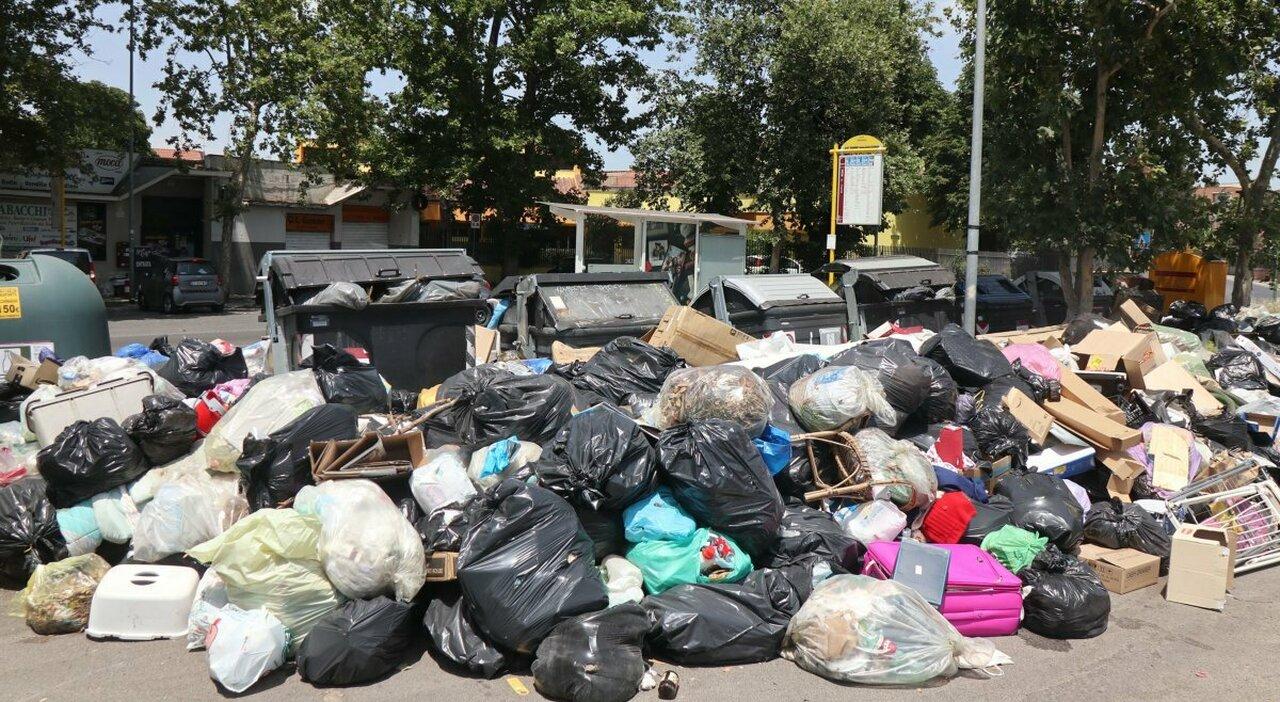 Roma, dietrofront sui rifiuti: discarica in provincia, rischio sanzioni Ue