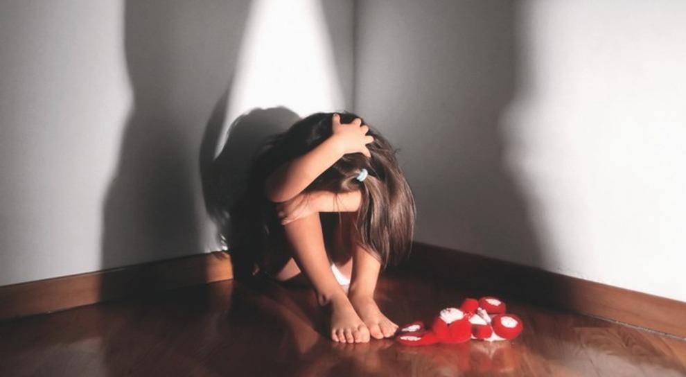 Bimba uccisa dalla madre a Cisliano, l'autospia: «Edith è morta soffocata»