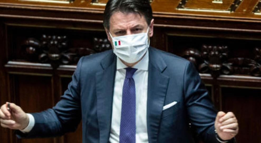 Conte avvia la verifica, dal Pd altolà a Renzi: con la crisi si va al voto