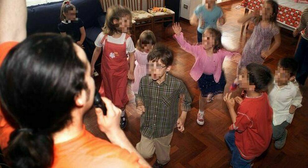Covid Roma, mamma positiva organizza festa per il figlio: la nonna di un amichetto si contagia e muore