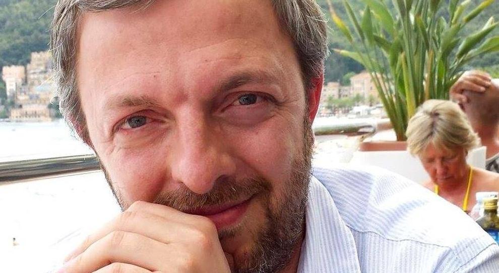 Covid in Lombardia, lo scienziato Bucci: «I numeri non sono bassi, servono scelte più rigorose»