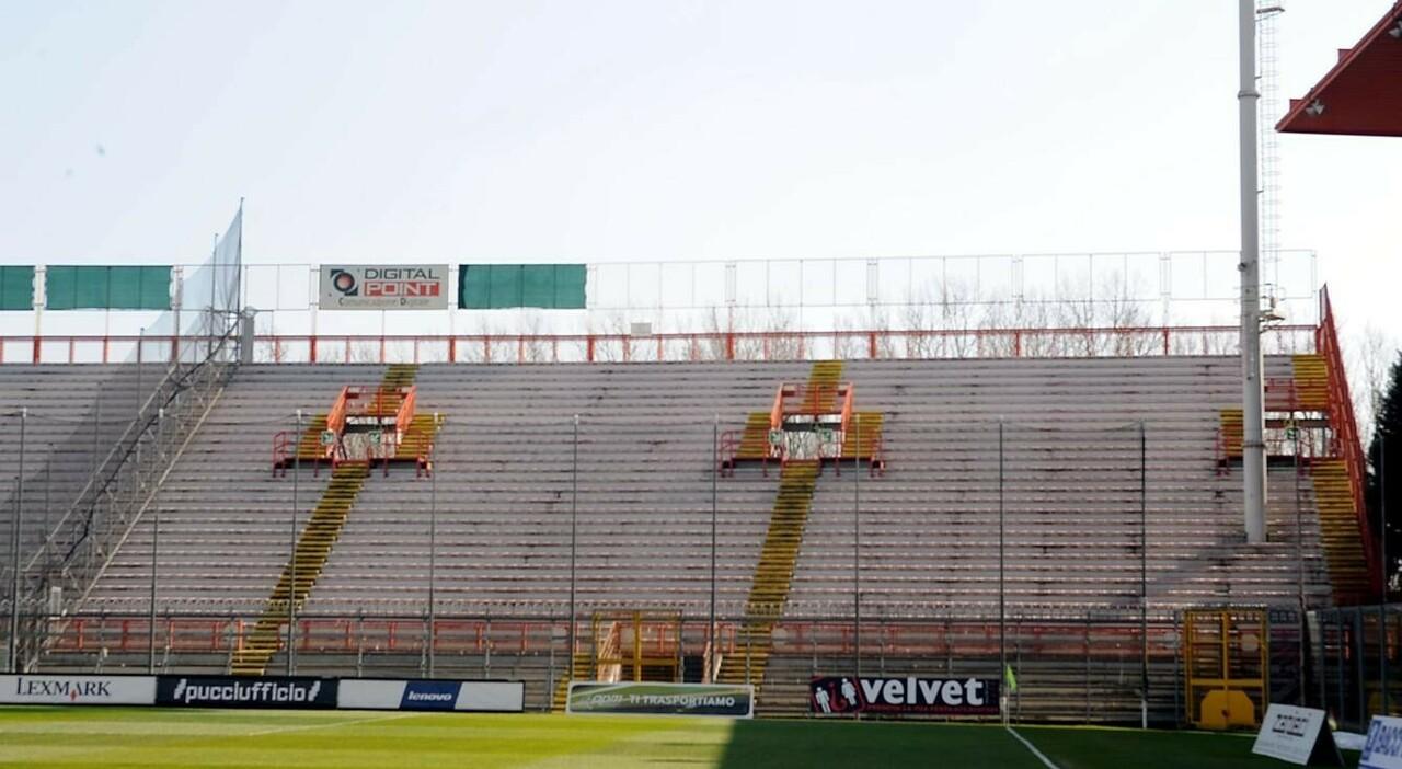 La curva sud dello stadio Curi a Perugia