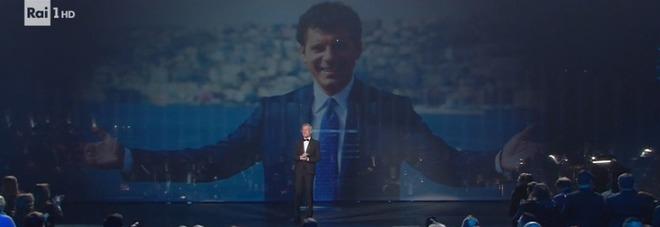 Sanremo 2019, Fabrizio Frizzi, le parole commoventi di Claudio Baglioni: «Lo ricordo sorridente con le braccia aperte come Modugno»