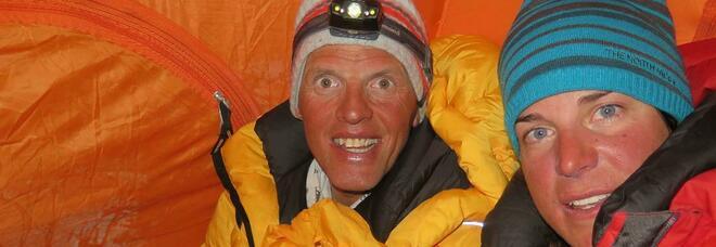 Tre alpinisti dispersi sul K2, l'italiana Tamara Lunger è scesa al campo base