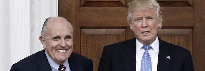 Usa, l'avvocato di Trump ingaggia come difensore l'ex procuratore del Watergate