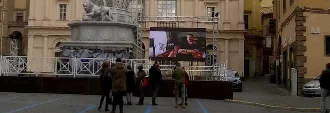 Il videowall su cui è stato proiettato il film