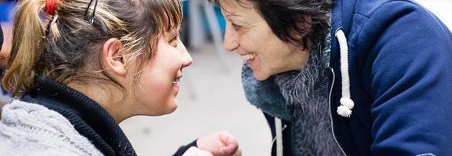 Le mamme dei disabili: «I nostri figli abbandonati, tele-assistenza e video chat non possono aiutarli»