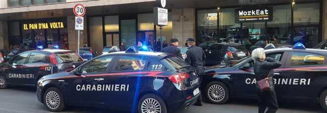 Roma, ruba defibrillatore alla stazione Termini: arrestato