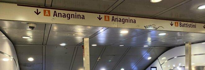 Roma, riaperta la fermata della metro Termini che era chiusa per guasto tecnico