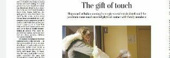 """Alla casa alloggio di Greccio nasce la """"parete degli abbracci"""" e la notizia finisce sul Washington Post"""