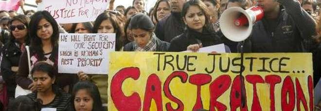 Una delle manifestazioni in India contro la violenza