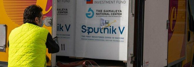 Covid, la Russia taglia del 50% il costo dello Sputnik