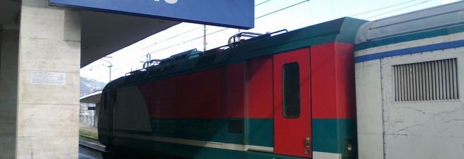 Treno regionale alla stazione di Cassino