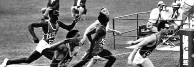 24 agosto 1960 Si aprono le Olimpiadi, papa Giovanni XXIII saluta gli atleti