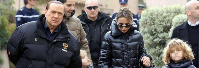 Berlusconi con la figlia Marina e i nipoti