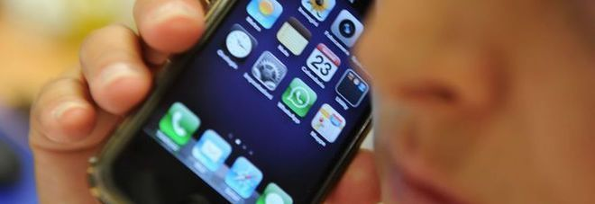 Cellulari da giugno addio roaming nella ue for Addio roaming