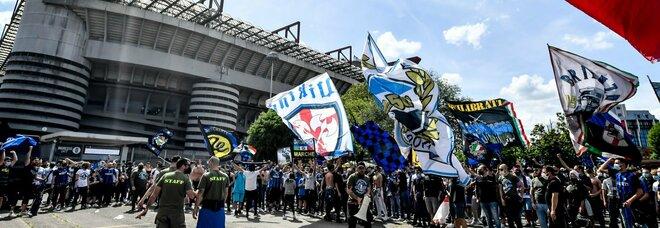 Inter-Udinese, mille tifosi a San Siro per la festa scudetto nerazzurra