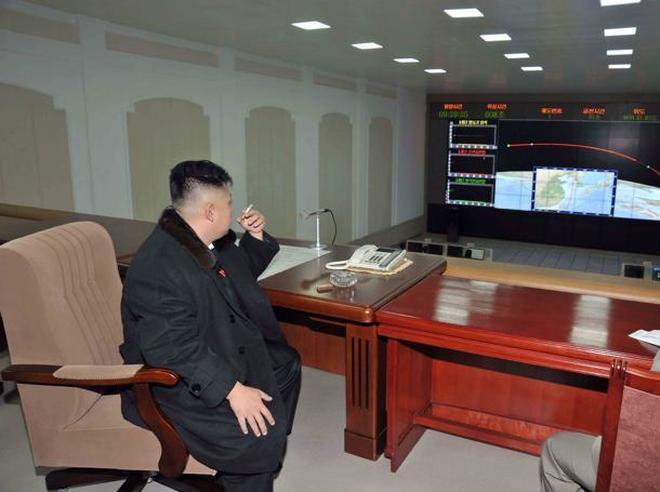 Pessimo anniversario per Kim Jong Un: fallito lancio nuovo missile