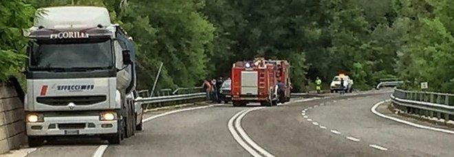 """Incidente sulla """"Salto Cicolana"""": due veicoli coinvolti, tre feriti"""