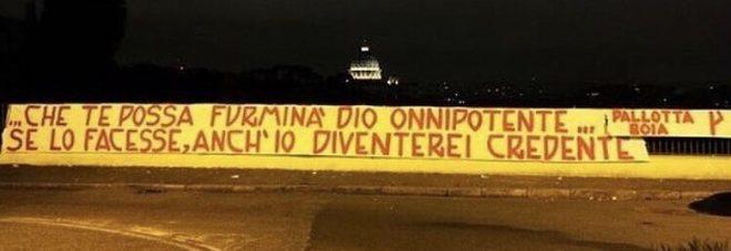 Roma, duro striscione dei tifosi contro Pallotta