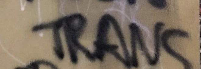 «Muori trans», scritta choc a San Lorenzo