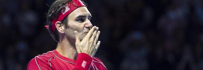 Federer dona un milione di franchi per le famiglie svizzere in difficoltà