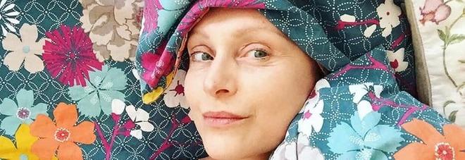 """Sabrina Paravicini, la battaglia dell'attrice di """"Un medico in famiglia"""": «Una donna su 7 ha un tumore, il cancro non fa distinzione»"""