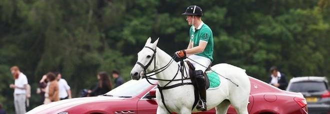 Il principe Harry arrriva a Roma (senza Meghan): partita di polo per beneficenza