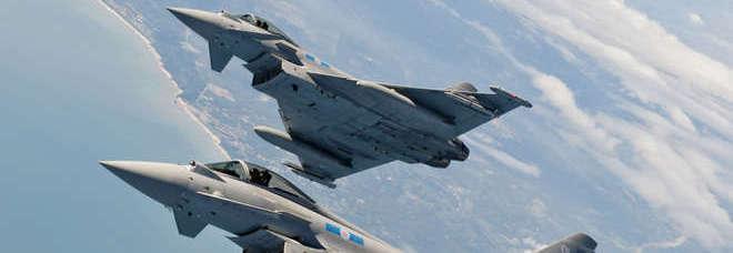Aerei Da Caccia Decollo : Emilia romagna caccia intercettano aereo sospetto