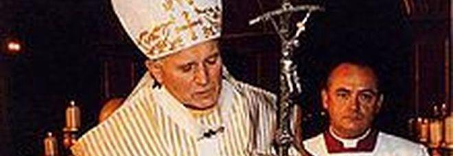 2 aprile 2005 Alle 21.37 muore papa Giovanni Paolo II