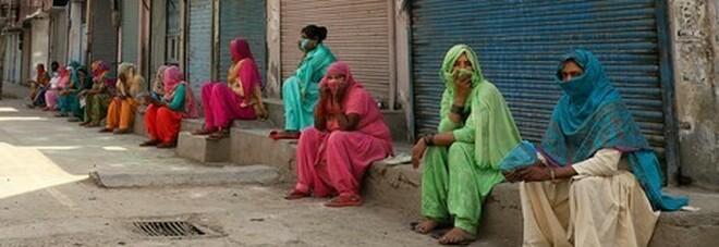 Covid, in India donne in gravidanza e bambini malati sono a rischio, ospedali al collasso