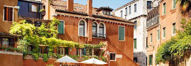Dormire a Venezia senza farsi spennare? Si può