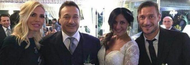 Totti, da capitano a testimone al matrimonio del fratello Riccardo