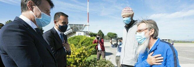 Mali, liberati padre Maccalli e Nicola Chiacchio: aereo atterrato a Ciampino
