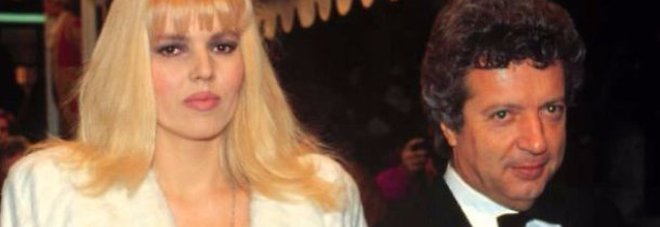 Vittorio Cecchi Gori esce dall'ospedale dopo due mesi: con lui l'ex moglie Rita Rusic