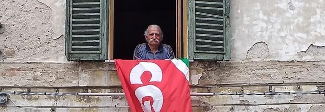 Cipriano Crescioni e la bandiera rossa