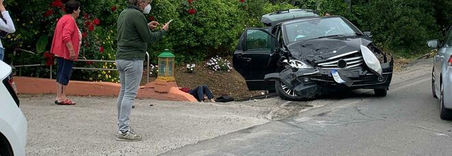 Incidente in via Isonzo alle porte di Latina, grave una donna