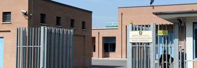 Coronavirus, domani saranno vaccinati i detenuti, a seguire il personale penitenziario