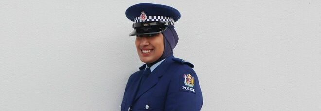 Nuova Zelanda, la prima poliziotta con il velo islamico