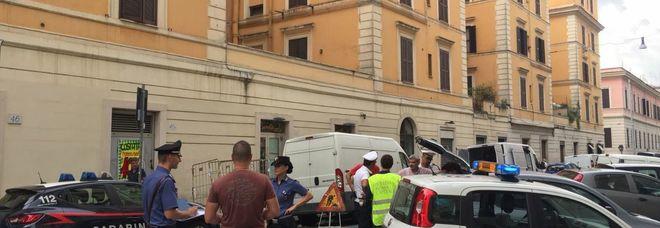 Roma, 130 kg di alimenti sequestrati in un supermercato di Testaccio