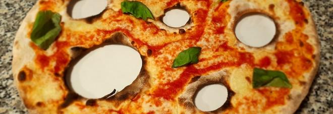 La pizza alle buche della Cassia