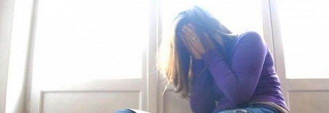 Varese, violentava la figlia di 10 anni e la madre assisteva: arrestati i genitori