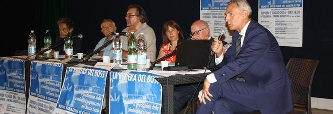 Da sinistra D'Alessio, Sirignano, Galasso, Giarrusso, Esposito, Aielli, De Matteis