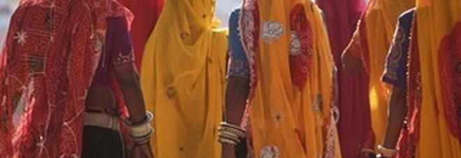 India, grande manifestazione di donne per chiedere al governo di agire contro le violenze