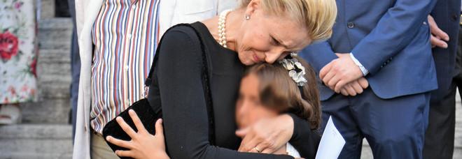 La vedova di Carlo, Cristina Benetton